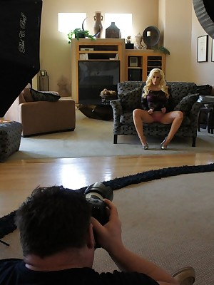 Aziani.com Largess Bon-bons Manson Photos BTS 1