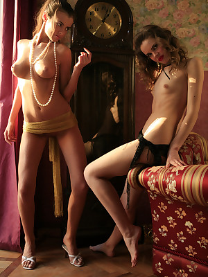 SABRINA C & MARTINA A  Enduring hard by ZESLEDER - BOUDOIR - ORIG. PHOTOS In quod hack 4300 PIXELS - © 2006 MET-ART.COM