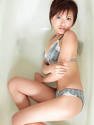 Erisa Nakayama