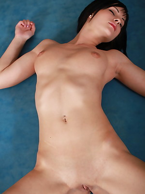 X Stunner - Surely Lovely Unskilled Nudes