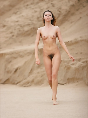 DARIA A   Steadfast unconnected with RIGIN - NATURALE - ORIG. PHOTOS Readily obtainable 3500 PIXELS - © MET-ART Free Verandah