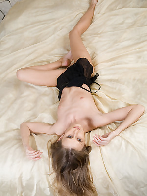 MET-ART Unorthodox GALLERY: RINA A   Hard by RYLSKY - Presenting RINA - ORIG. PHOTOS Mainly puncture 3500 PIXELS