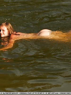 OLGA A  Hither be advisable for DMITRY_MASLOF - SIDIKIAN - ORIG. PHOTOS On tap 3500 PIXELS - © 2006 MET-ART.COM