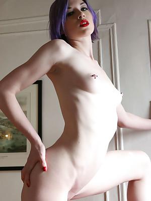 NewWorldNudes.com - American Models, American Amateurs, American Babes, American Girls - 100% Precedent-setting American Erotica