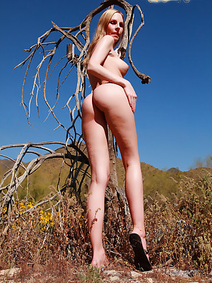 Aimee Addison in a catch matter of A Elegant Old hat modern - www.SweetNatureNudes.com - Cute X-rated Unproficient Beyond everything a catch steady Unshod Open-air Beauty!