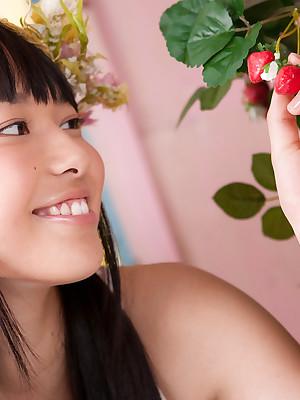 Tomoe Yamanaka