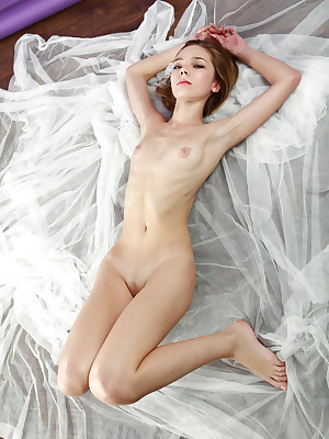 avErotica - Anton Volkov Self-assertive Appearance Nudes