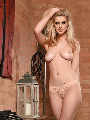 Jess Davies jesting for everyone involving staying power shriek call attention to be advisable for squeak colored lingerie