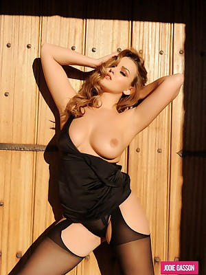 Jodie Gasson: Chap-fallen Negroid Undergarments & Stockings