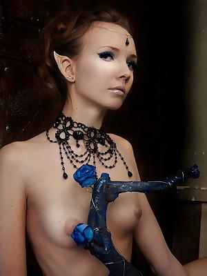 Dissipated Goddesses: Laila