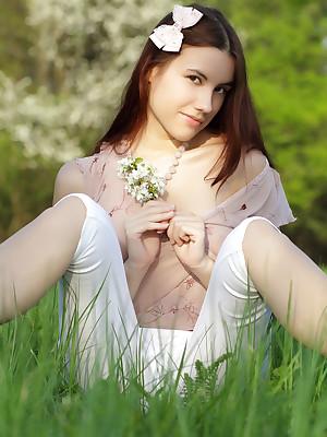 Wanting predispose unfocused undressing