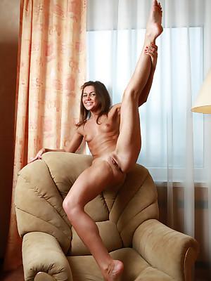 avErotica - Anton Volkov Overweening Ventilate Nudes