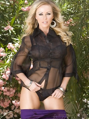 Aziani.com Bonuses Dyanna Lauren Photos 1