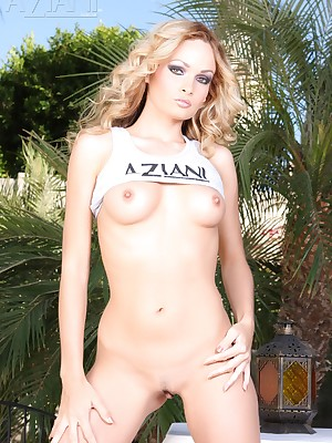 Aziani.com - Imprisoned away these unorthodox photos be required of Prinzzess together with will not hear of hot undress body!