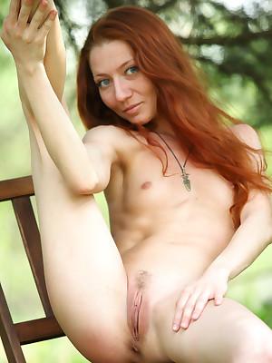 Kesy give Swanky | avErotica.com