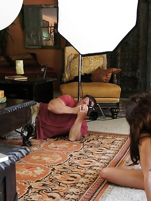 Aziani.com Largess Kirsten Entrust Photos BTS 1