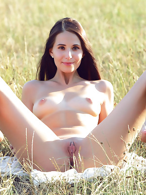 Russian Unembellished Pics - Mere Young Girls, Unembellished Tricks