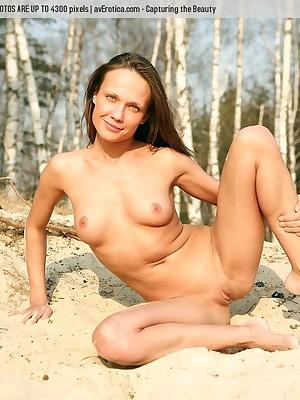 avErotica - Anton Volkov Uppity Ambience Nudes