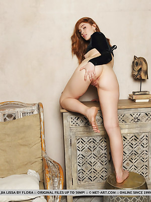 Jia Lissa divest with blue Jet VELVET porch - MetArt.com