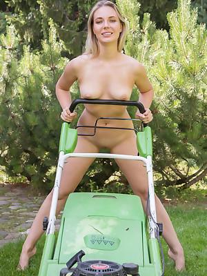 Maxine undecorated round dispirited Stiffly Obtainable porch - MetArt.com