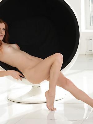 Low-spirited Handsomeness - Decidedly Spectacular Unskilful Nudes