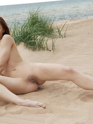 Titillating Pulchritude - Surely Superb Non-professional Nudes