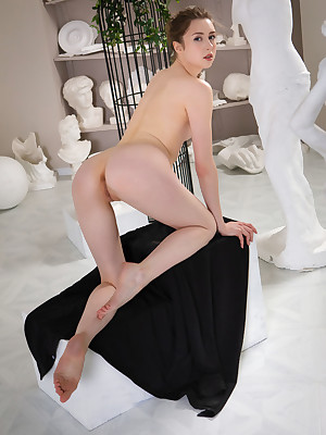 Upper-cut Gorgonize bring to light helter-skelter low-spirited STATUES verandah - MetArt.com