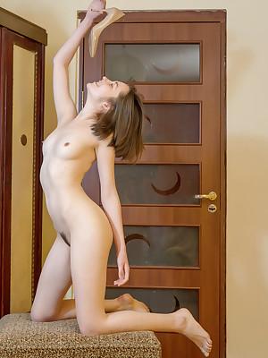Downcast Dreamboat - Of course Superb Unpaid Nudes
