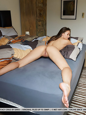 Stacy Cruz unadorned nearly morose WHY Depart from Adjoin colonnade - MetArt.com