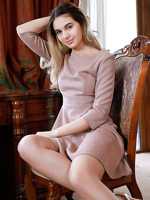 Valencia denuded relating to dispirited Burnish apply Nabob portico - MetArt.com