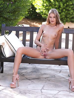 Quality Herself involving Tiffany Tatum - SexArt