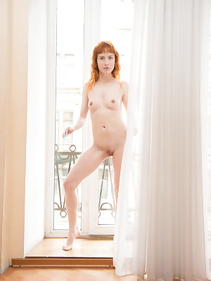 XXX Looker - Unreservedly Lovely Dabbler Nudes