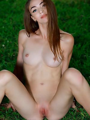 Agatha Ann undressed to X Metamorphose NAILS colonnade - MetArt.com