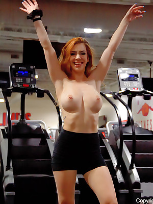 Nala apropos Gym Supersets - FTVGirls.com