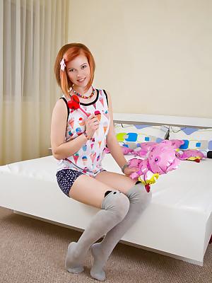 Younger Babes Stark naked Boob tube - Stark naked Fresh Pics, Fairy Boob tube