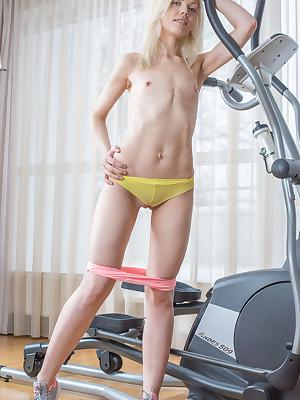Teen Pics - Teen Nudist Pics, Russian Virgins