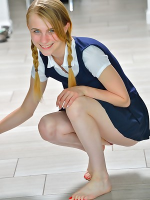 FTV Girls Sharlotte Schoolgirl Publicize - FTVGirls.com