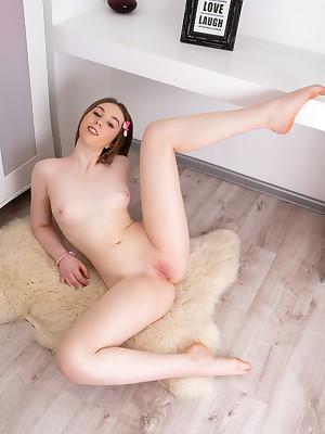 Russian Girls Models - Unshod Girls Art, Russian Lay bare Adolescence